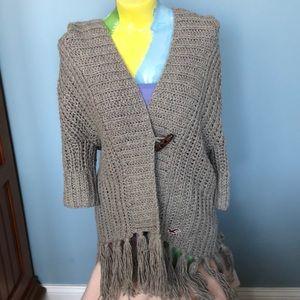 Hollister cardigan with fringe Size M/L